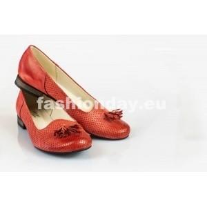 Dámske kožené balerínky dierkované červené DT027