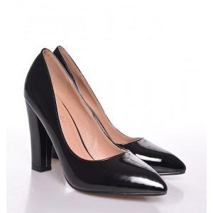 Elegantné dámske lodičky na každú príležitosť čiernej farby
