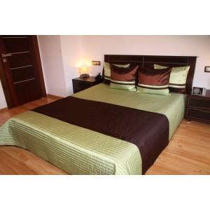 Prešívaný zelený prehoz na posteľ