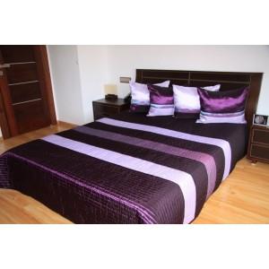 Fialový prehoz na posteľ s pásmi