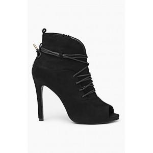 Dámska obuv s vysokým podpätkom čiernej farby