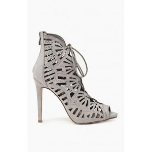 Letné dámske sandále sivej farby s prepletaným vzorom