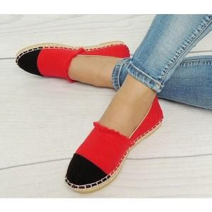 Dámske espadrilky červeno čiernej farby s pleteným vrkočom okolo podrážky