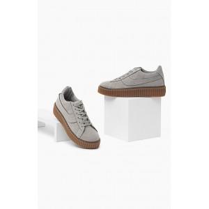 Dámska športová obuv sivej farby so šnúrkami