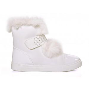 Biele zateplené dámske topánky na zimu