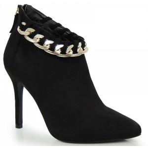 Semišové dámske topánky v čiernej farbe s retiazkou