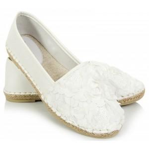 Pohodlné dámske espadrilky bielej farby