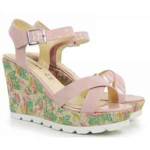 Letné dámske sandále s klinovým opätkom v ružovej farbe