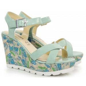 Trendy sandále na platforme modré so zapínaním na pracku