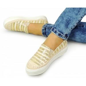Dámske topánky na voľný čas v zlatej farbe