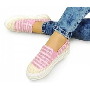 Ružové trblietavé topánky na voľný čas