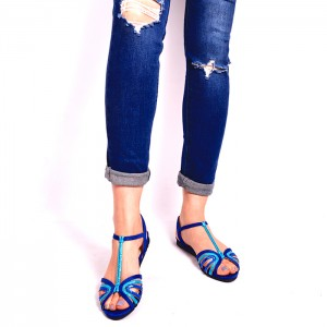 Semišové dámske sandále v modrej farbe