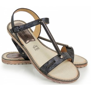 Čierne dámske sandále s aplikáciou pružiny