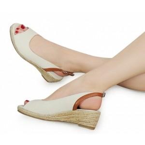 Stříbrné dámské sandály na platformě