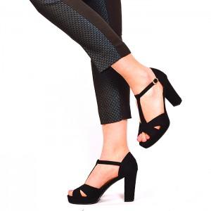 Čierne dámske sandále s otvorenou špičkou
