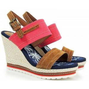 Červené dámske sandále na platforme