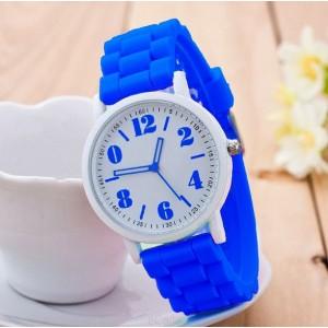 Silikónové dámske hodinky modrej farby