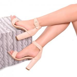 Ružové dámske sandále so zapínaním na boku