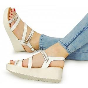 Športové biele dámske sandále na platforme