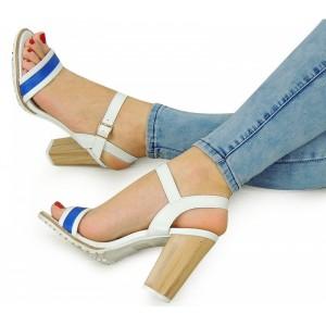 Biele dámske sandále na vysokom podpätku