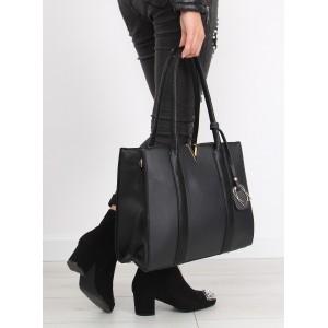 Praktické dámske kabelky čiernej farby