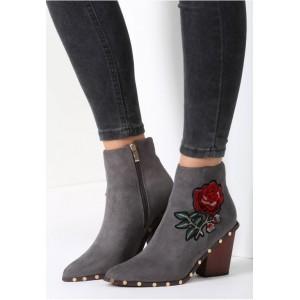 Sivá dámska obuv na podpätku