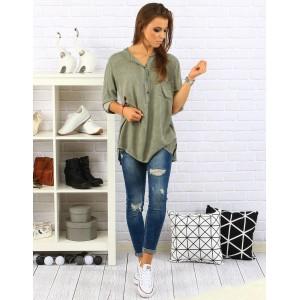 Pohodlná a elegantná dámska košeľa voľného strihu olivovo zelenej farby