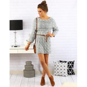 Dámske sivé pletené šaty nad kolená s veľkým golierom a hnedým opáskom