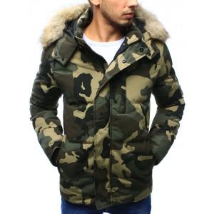 Zimná predlžená pánska bunda v maskačovom prevedení s kožušinovou kapucňou