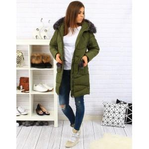 Tmavo zelené dámske zateplené bundy na zimu s kožušinou a vreckami na zips