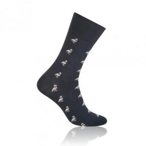 Štýlové pánske ponožky sivej farby s motívom plameniaka