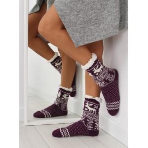Klasické dámske ponožky fialovej farby vo vianočnom štýle