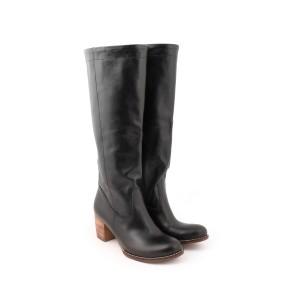 Zimné kožené dámske vysoké čižmy na vysokom hrubom  podpätku čiernej farby