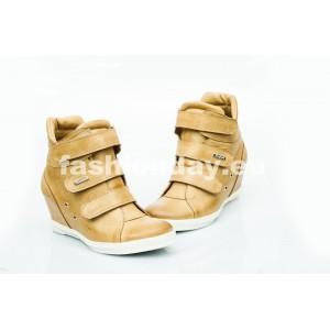 Dámske kožené topánky pieskové DT224
