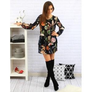Kvetované letné dámske šaty čiernej farby so skladanou sukňou a dlhými rukávmi