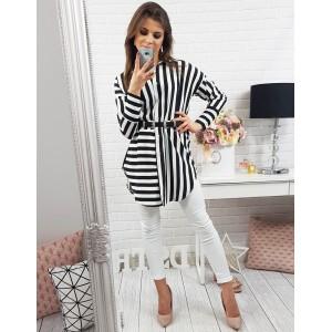 Čierno biela dlhá dámska košeľa s pásikavým vzorom a opaskom