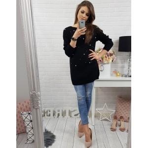 Elegantný dámsky pletený sveter čiernej farby s ozdobnými perličkami