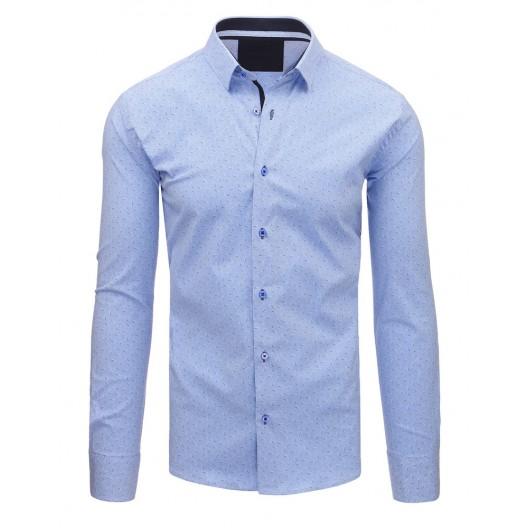 Modrá košeľa so vzorom
