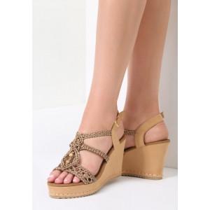Sandále na platforme s korálkami