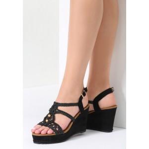 Čierne sandále s platformou