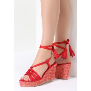 Červené sandálky s viazaním a platformou