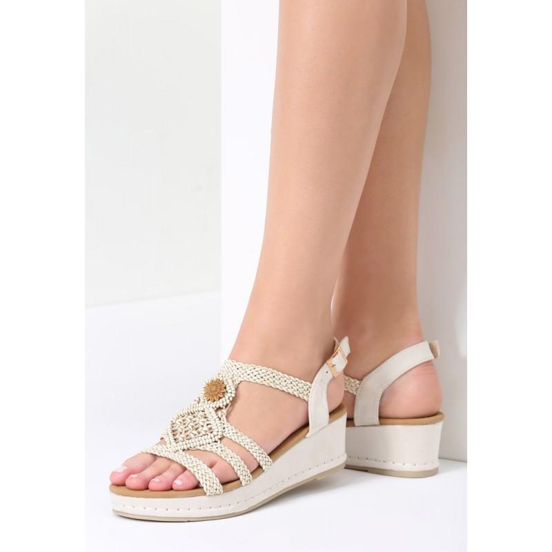 ce771960fbb7 Béžové sandále s prackou