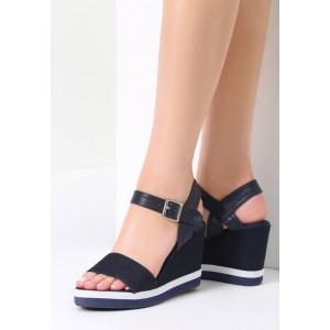 Dámske letné sandále na platforme tmavo modré