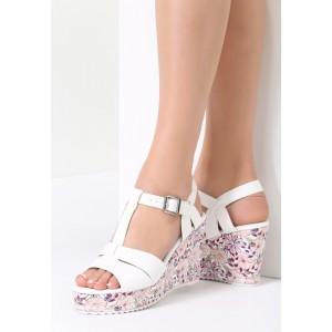 Biele sandálky s kvetovanou platformou