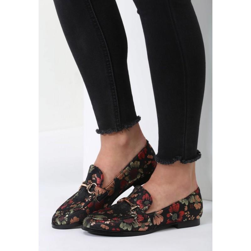 52d57c9f59 Čierne mokasíny dámske s kvetmi