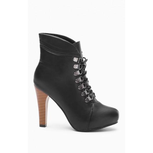 Dámske topánky na vysokom podpätku čierne