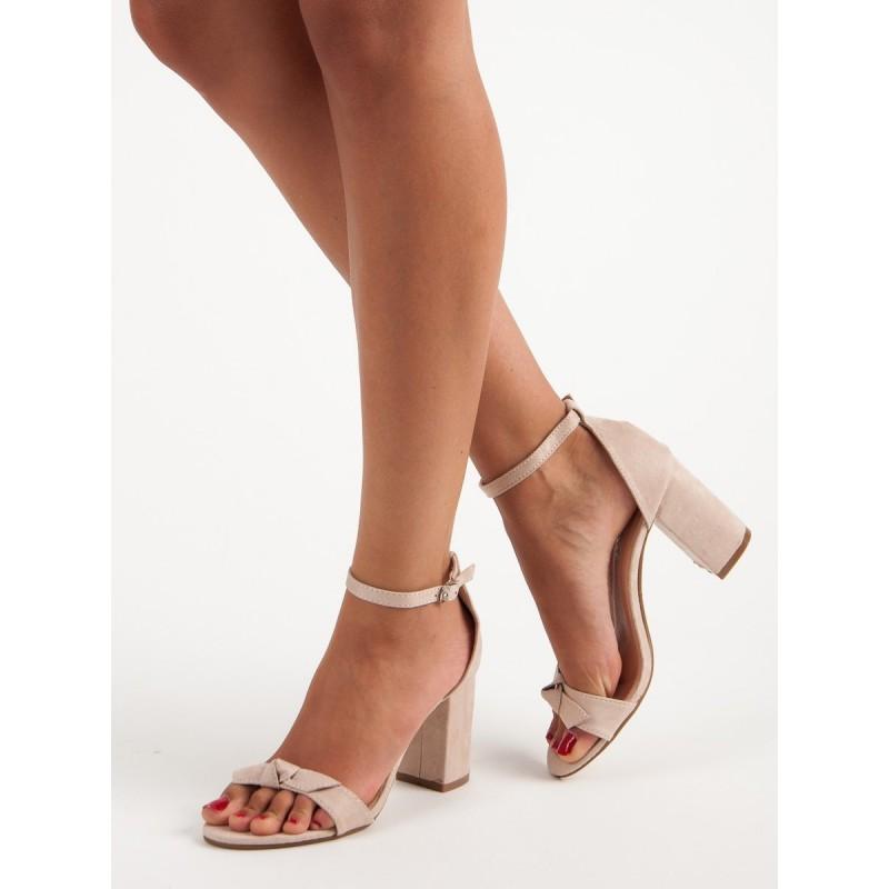 c1ffb31be7be Dámske sandále svetlo ružové