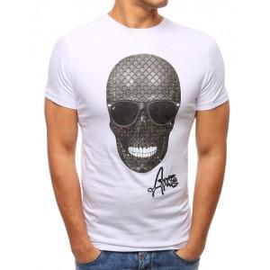 Trendy trička bielej farby