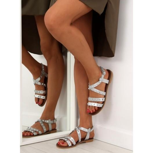 Strieborné sandálky s vybíjaním