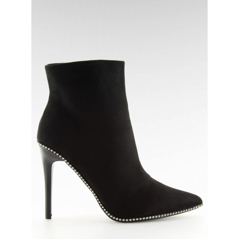 5fb2515e9e Krásne topánky s opätkom čierne